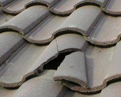 Wymiana pojedyńczej dachówki